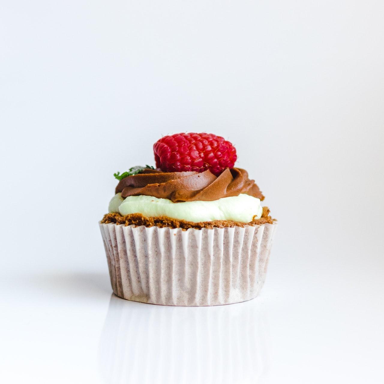Raw torta od malina